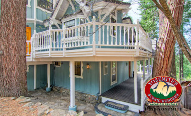 Yosemite Scenic Wonders has Yosemite cabins available for rent - Chateau Royal East