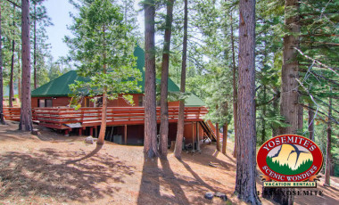 Yosemite Scenic Wonders has Yosemite cabins available for rent - Coyote Creek