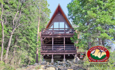 Yosemite Scenic Wonders has Yosemite cabins available for rent - Stoneoaks