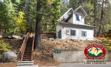 Yosemite Scenic Wonders has Yosemite cabins available for rent - Skyline Retreat