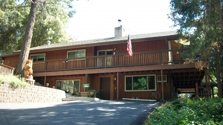 Cedar Mountain Lodge